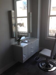 San Francisco Salon